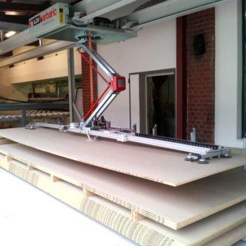 Chargement de panneaux bois avec chargeur surfacique