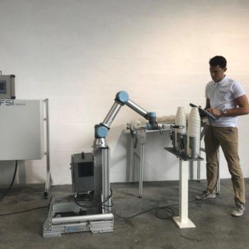 Remplissage de cartouches de toner avec robot