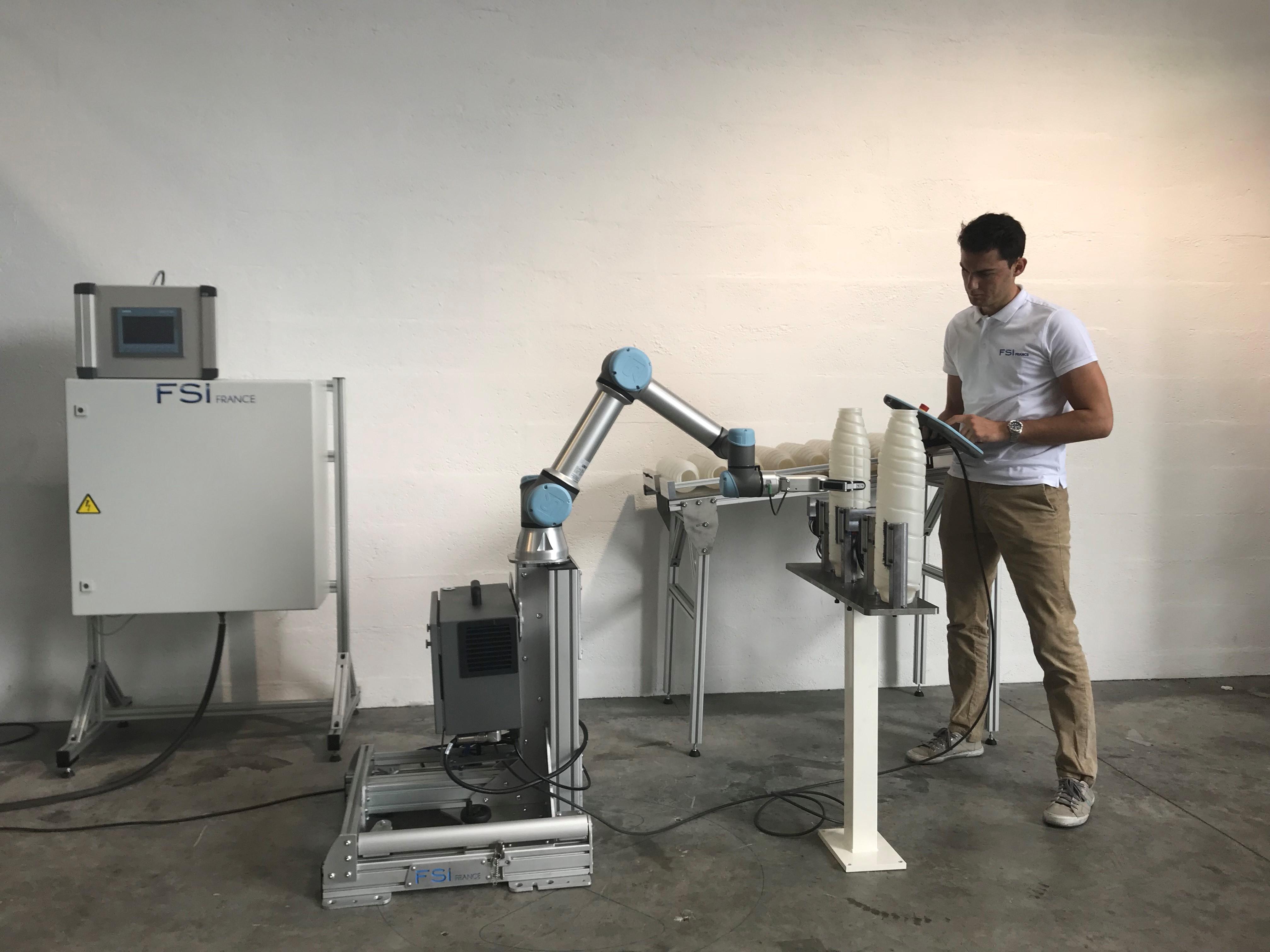 Ouvrir l'image : «Remplissage de cartouches de toner avec robot»