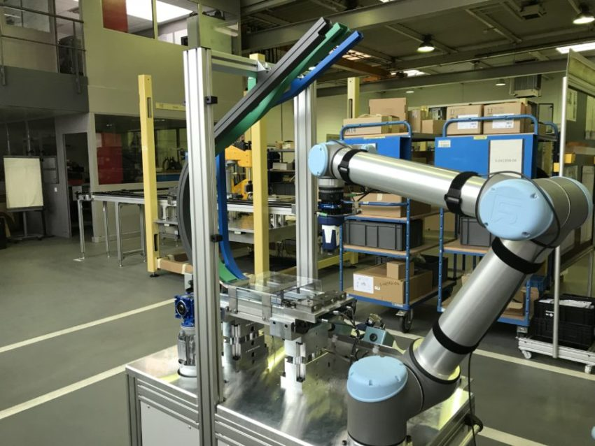 Ouvrir l'image : «Showroom robotique»